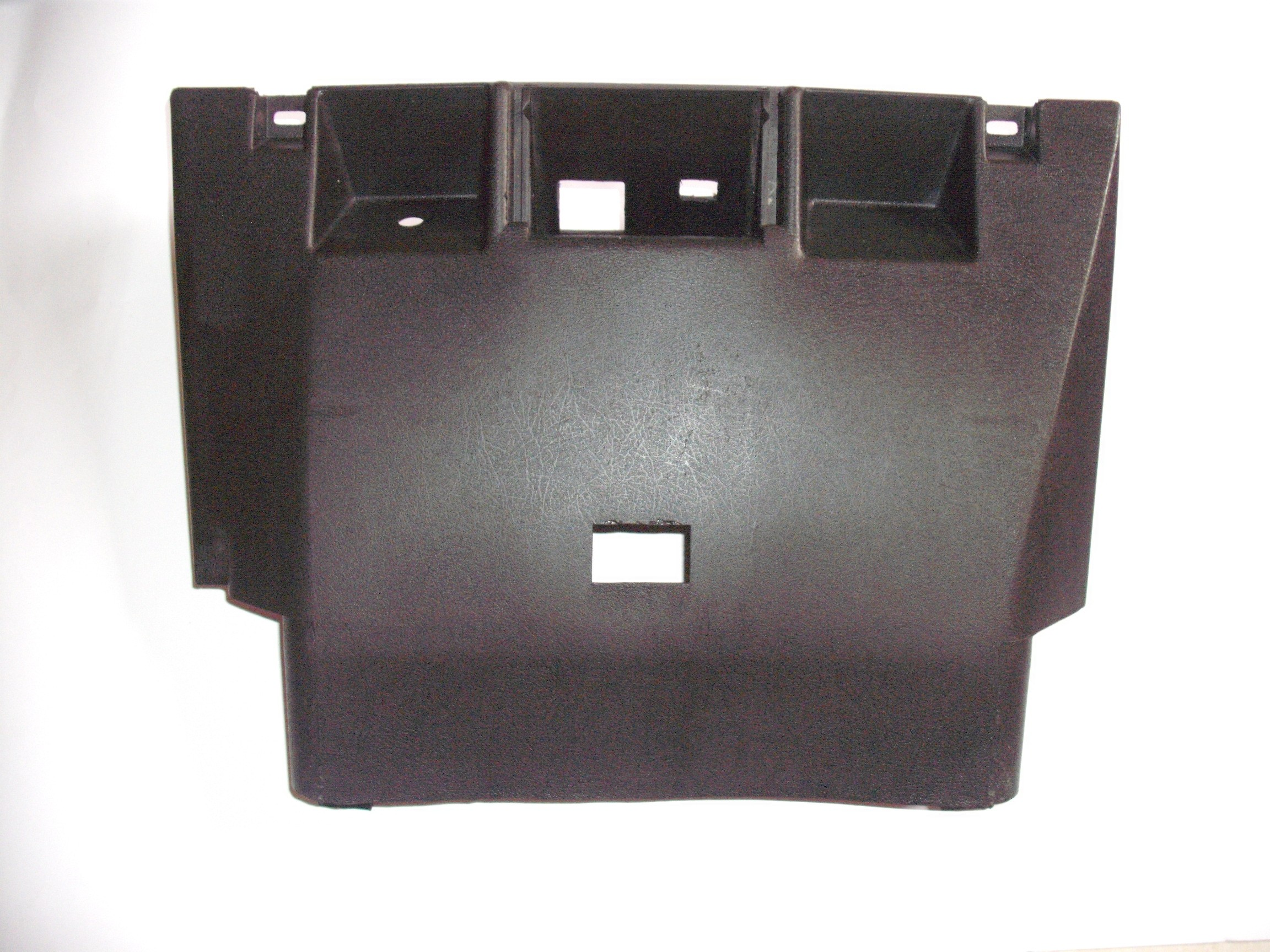 Capa Inferior Central Painel VW Passat - 74 a 88 - Novo Original
